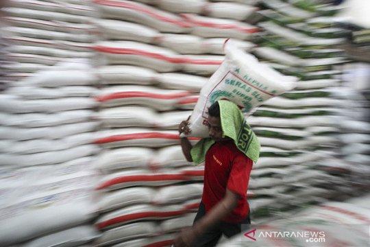 DPR minta Bulog pastikan stabilitas harga beras di tengah COVID-19