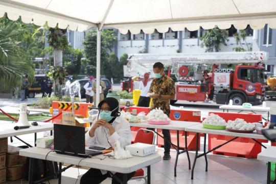 Warga Surabaya yang isolasi mandiri terus disemangati wali kota