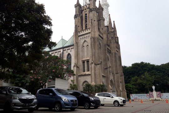 Keuskupan Agung Jakarta putuskan Gereja Katolik buka bertahap