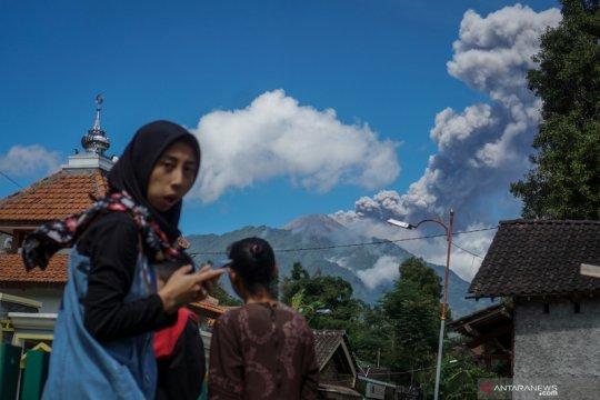 BPBD Sleman waspadai potensi runtuhnya kubah lava Merapi