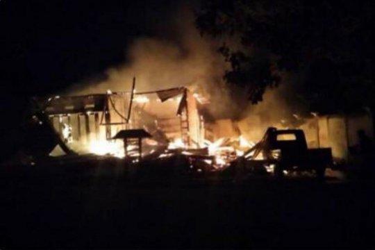 Dua unit ruko dan satu bengkel di Waropen ludes terbakar