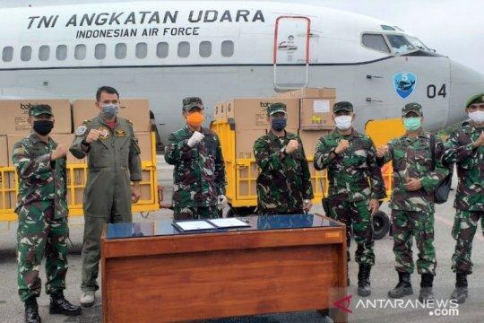 APD dan masker bantuan tiba di Kendari