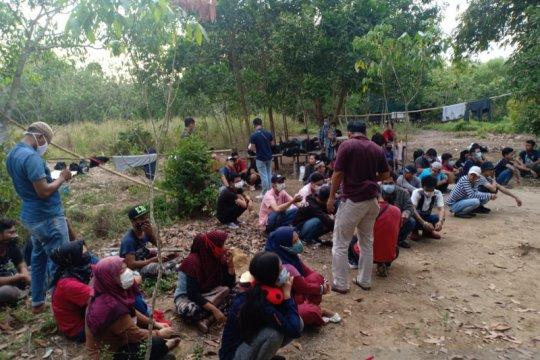 Polisi buru pelaku pemulangan 48 TKI ilegal yang masuk melalui Bintan