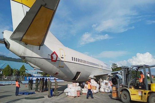 TNI AU kerahkan pesawat angkut APD untuk tangani COVID-19 di Papua