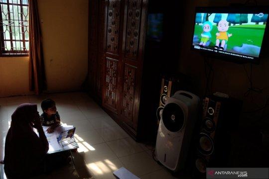 """Pemerintah minta siswa manfaatkan program """"Belajar dari Rumah"""" di TVRI"""