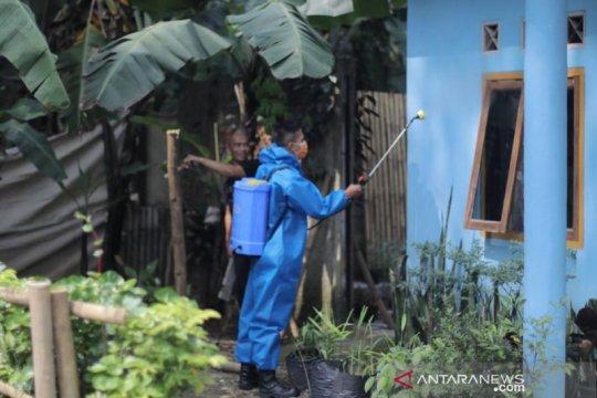 Pemkot Bogor kembali semprotkan disinfektan di zona merah
