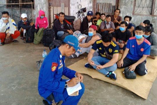 Polres Tanjung Balai mengamankan 17 TKI ilegal dari Malaysia