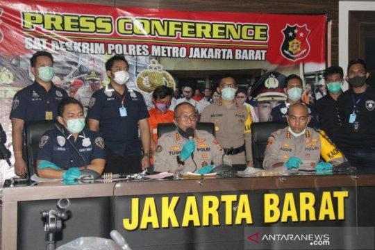 PSBB di Jakarta halangi kelompok Wetonan melarikan diri