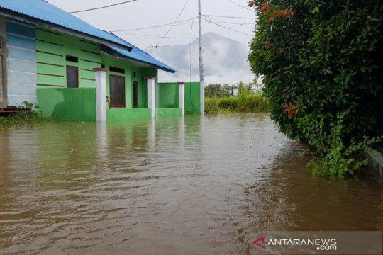 Ratusan rumah di BTN Gajah Mada Sentani terendam banjir