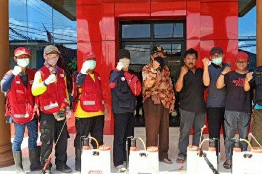 Peduli kemanusiaan, mahasiswa Lampung jadi relawan COVID-19
