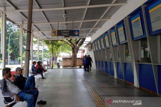 Sejak PSBB, tidak ada bus beroperasi dari Cirebon menuju Jakarta