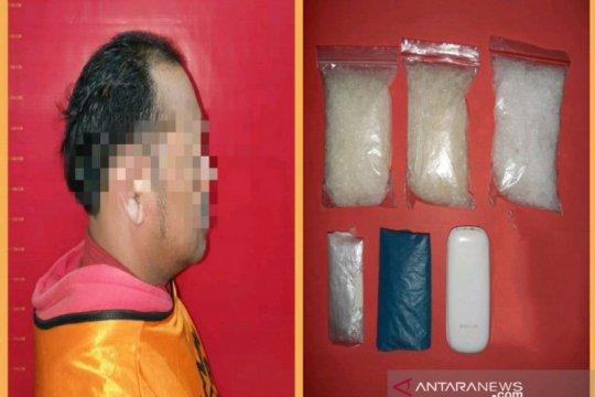 Pengemudi ojek disergap saat bertransaksi 298,92 gram sabu-sabu