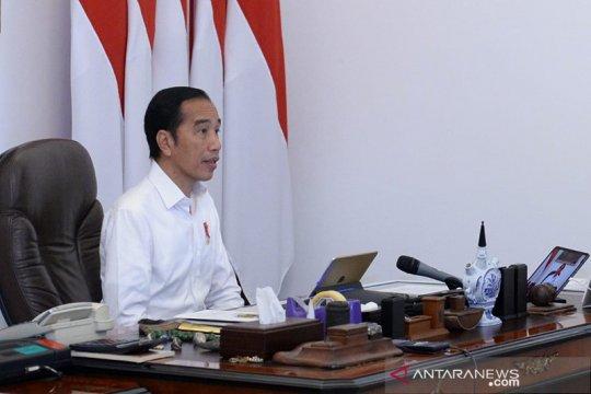 Politik kemarin, Jokowi tak bagikan sembako hingga PDIP soal Paskah