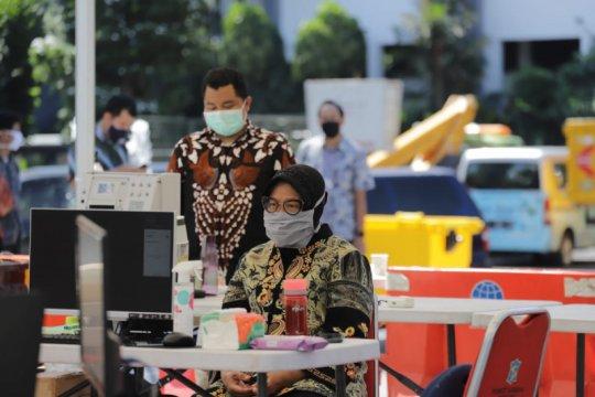 Risma sikapi peningkatan kasus COVID-19 di Surabaya