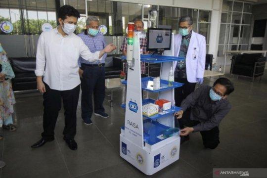 """Layani pasien COVID-19, ITS-Unair kolaborasi luncurkan robot """"RAISA"""""""