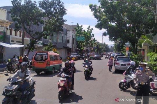 Pemkot Bandung minta kepolisian perluas penyekatan jalan raya