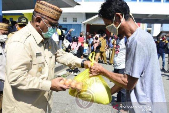 Gubernur Gorontalo sebut pembagian sembako sebagai instruksi Presiden