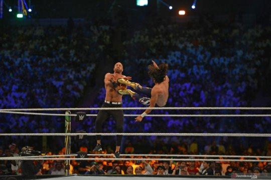 Berstatus pelayanan dasar, WWE terus siaran dari Florida