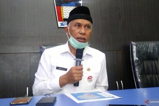 Empat warga Padang di empat kecamatan positif terjangkit COVID-19