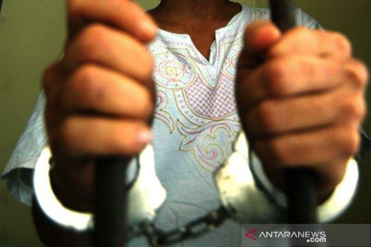 Polisi: Pria bawa ular piton minta proyek jadi tersangka