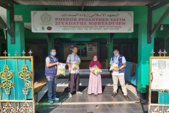 Relawan Siaga salurkan 1 ton beras pada warga-pesantren