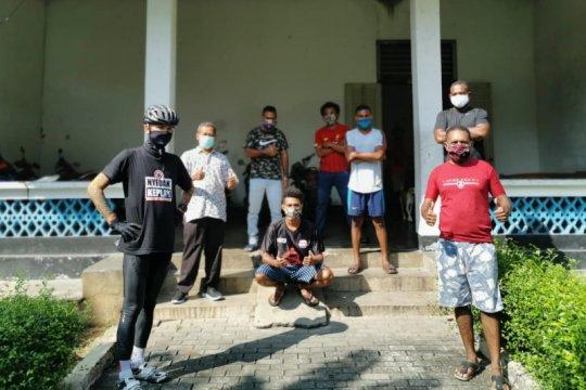Ganjar beri bantuan mahasiswa Papua di Semarang saat pandemi COVID-19