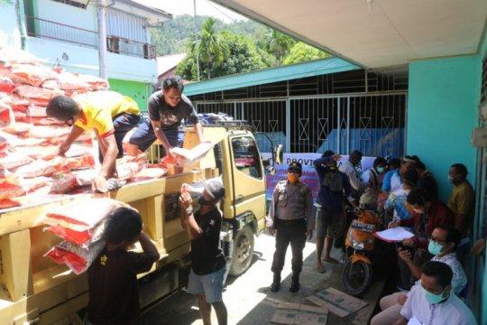 Polda-Organda Papua salurkan bantuan sembako untuk sopir