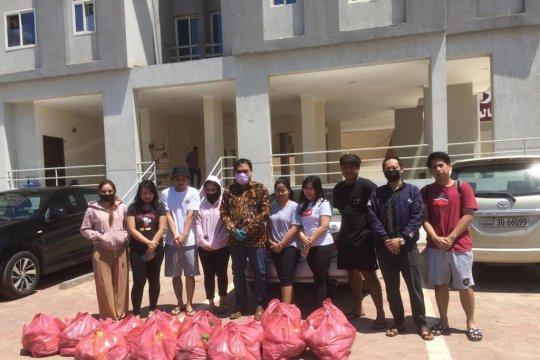 """KBRI Kuwait distribusikan pangan bagi WNI di tengah  """"lockdown"""""""