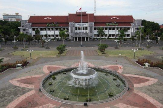 Satu kantor kecamatan dan enam kelurahan di Surabaya ditutup