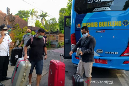Pemkab Buleleng pindahkan karantina pekerja migran dari SD ke hotel
