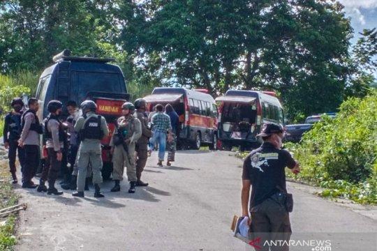 Hukum kemarin, polisi ditembak di Poso hingga kekerasan Papua diusut