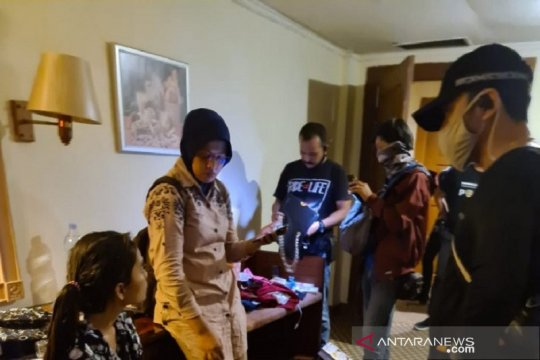 Jelang PSBB, Polisi Pekanbaru gerebek pesta narkoba di hotel