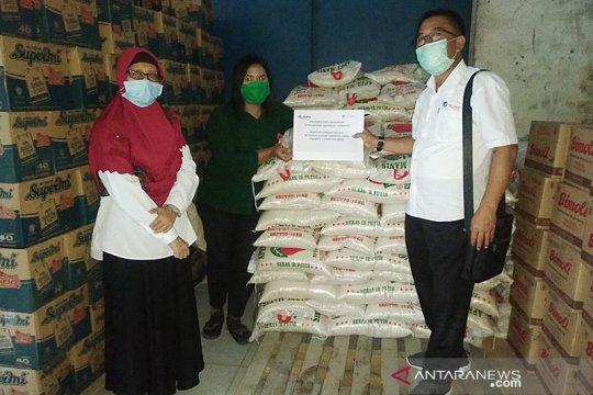 Pelindo I salurkan 5 ton beras bagi warga rentan terdampak COVID-19