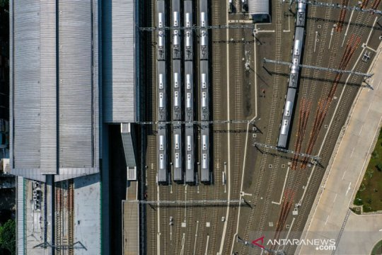 Mulai Senin, MRT hentikan operasional tiga stasiun cegah COVID-19