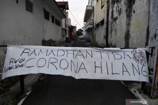 "Polisi tutup beberapa jalan di Surabaya kawasan ""physical distancing"""