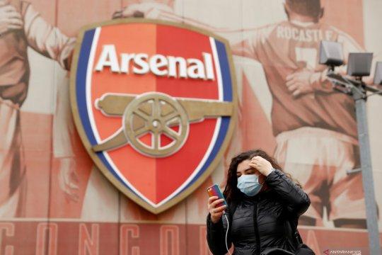 Arsenal umumkan pemotongan gaji 12,5 persen