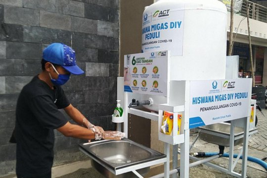 ACT DIY gencarkan penyaluran wastafel portabel cegah COVID-19
