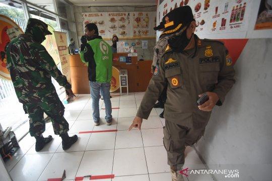 Pemprov DKI sanksi jutaan rupiah tempat makan pelanggar PSBB
