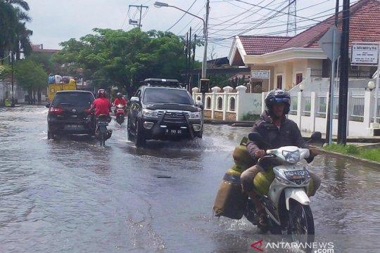 Walhi minta Pemkot Palembang serius antisipasi banjir