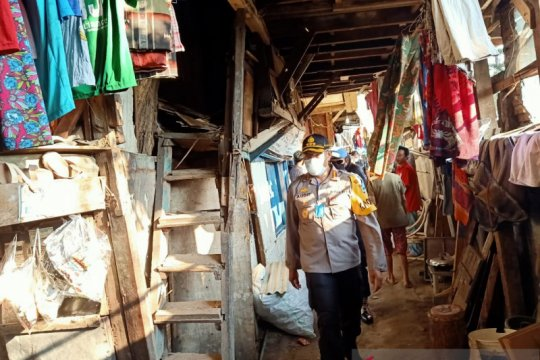 Warteg Peduli salurkan makanan untuk kampung padat Duri Selatan