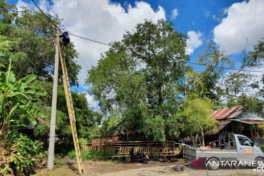 Hanya 45 pelanggan, PLN berhasil aliri listrik Dusun Tampaning Soppeng