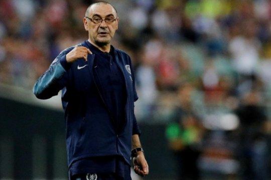 Maurizio Sarri akui tidak akur dengan pemain Chelsea