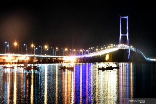 DPD Golkar Jawa Timur katakan Surabaya sudah layak pikirkan PSBB