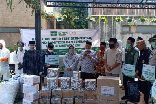 Said Aqil salurkan bantuan cegah COVID-19 untuk warga di Jagakarsa