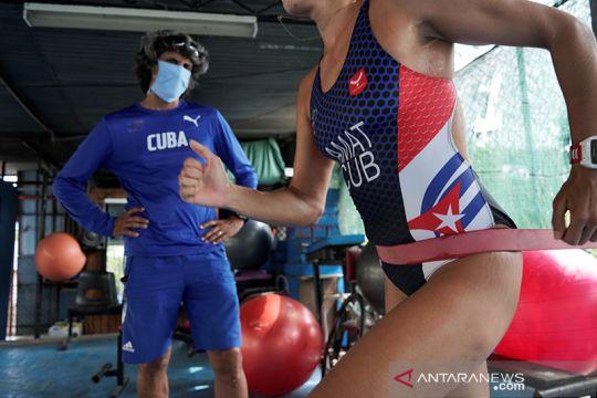 Begini atlet triatlon Kuba berlatih di tengah wabah COVID-19