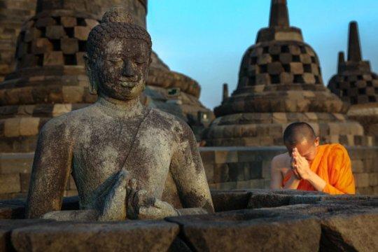Penutupan Candi Borobudur dan Prambanan diperpanjang 14 hingga 29 Mei