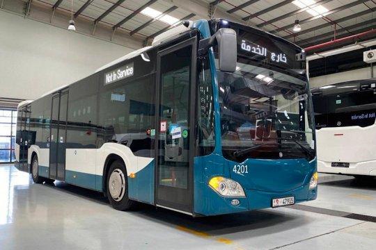 Abu Dhabi beli 99 bus Mercedes-Benz untuk angkutan kota