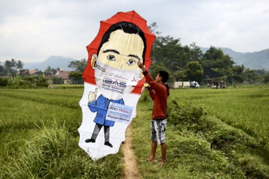 Ibas kampanye maskerisasi lewat media layang-layang