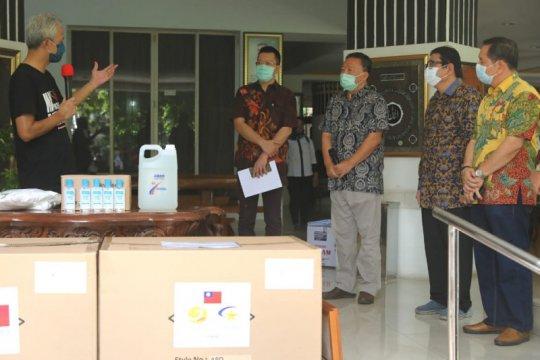 Dua kabupaten diminta lakukan penyesuaian PSBB Kota Semarang