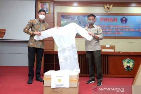 Mentan serahkan 1.000 masker untuk penanganan COVID-19 di Gowa